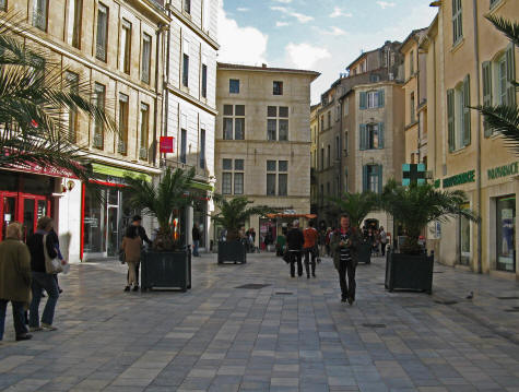 Shopping in Nimes France
